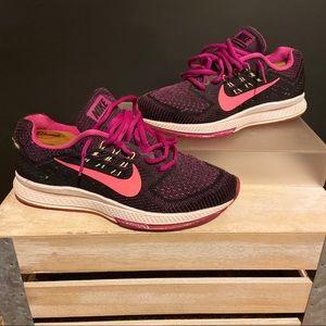 Nike Zoom Pegasus 33 running sneakers size 7.5